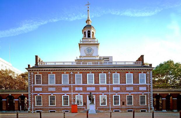 ve-may-bay-di-Philadelphia-4-14-4-2017