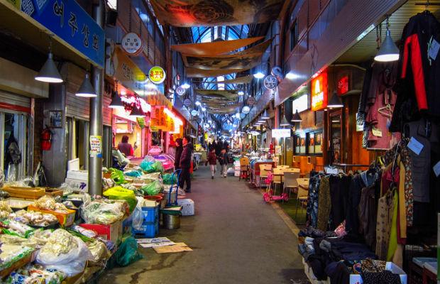ve-may-bay-di-Seoul-5-13-4-2017