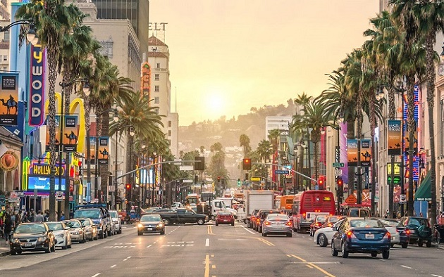 ve may bay gia re di los angeles