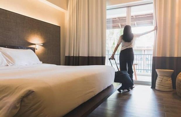 Hành khách tiến hành cách ly tại khách sạn cách ly Quảng Ninhđược chỉ định sẵn