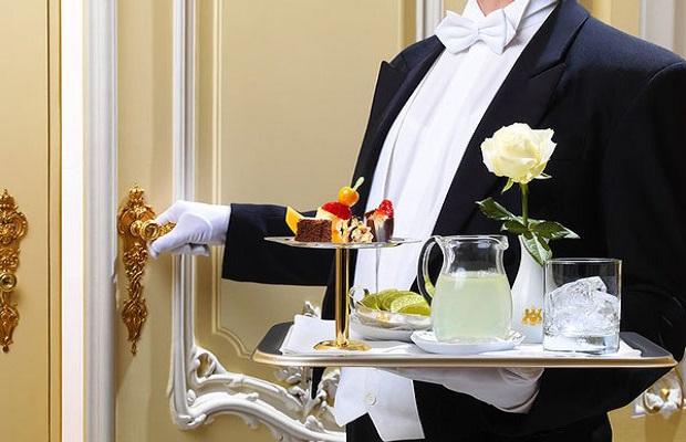Dịch vụ phục vụ đầy đủ 3 bữa sáng, trưa, tối/ ngày tại phòng
