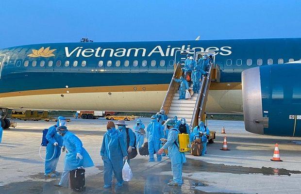 Chuyên gia nhập cảnh vào Việt Nam